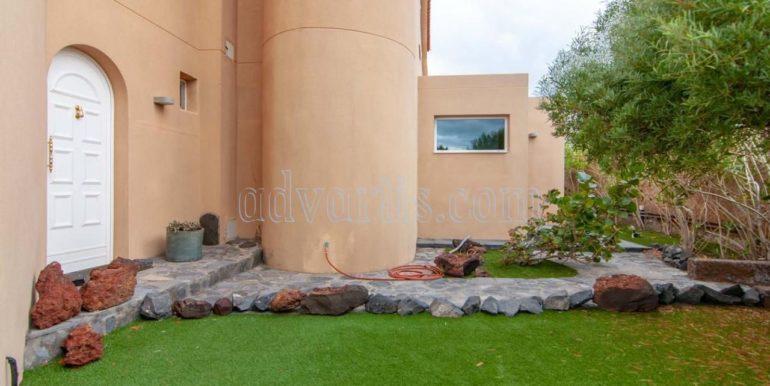 oceanfront-house-for-sale-in-el-medano-tenerife-spain-38612-0517-42