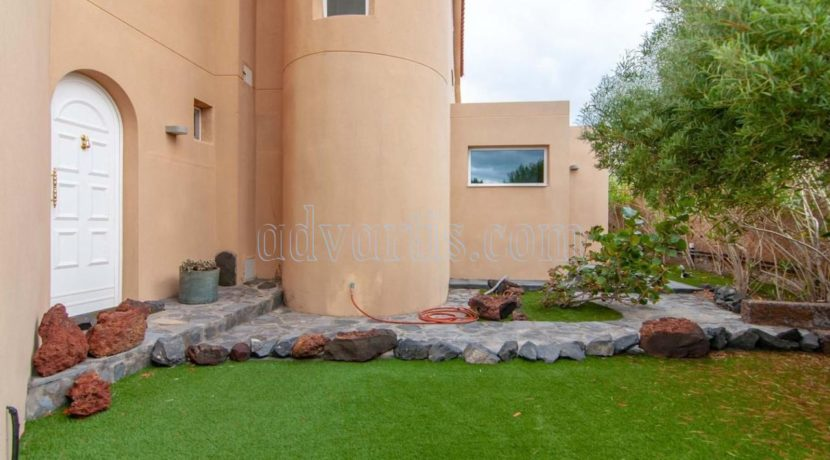 oceanfront-house-for-sale-in-el-medano-tenerife-spain-38612-0517-42