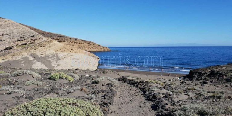oceanfront-house-for-sale-in-el-medano-tenerife-spain-38612-0517-46