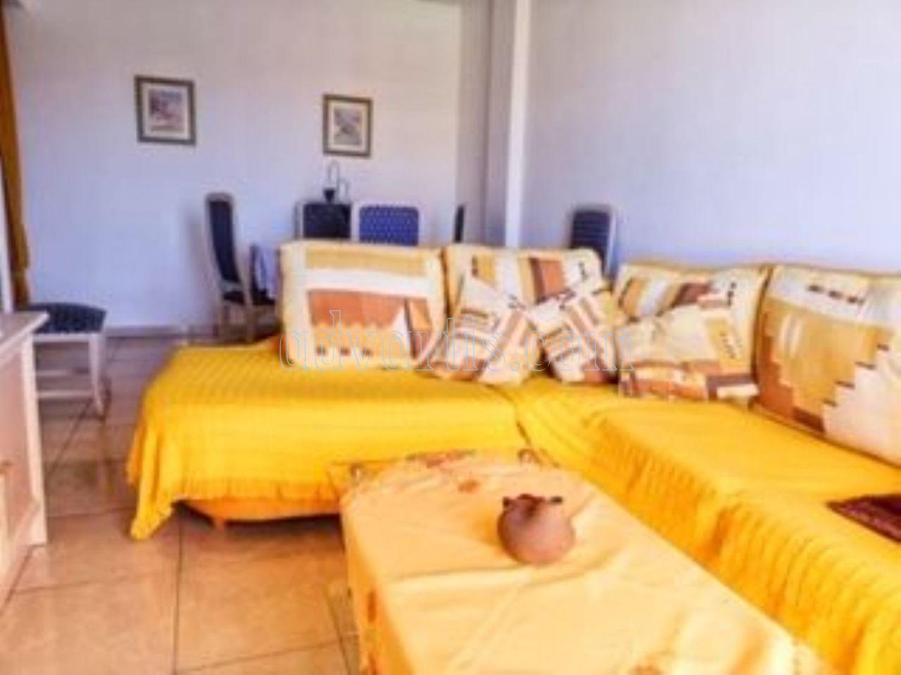 2 bedroom apartment for sale in Adeje Tenerife €159.000