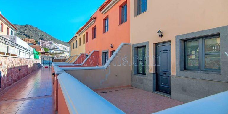 3-bedroom-villa-for-sale-in-el-madronal-adeje-tenerife-spain-38679-0823-30