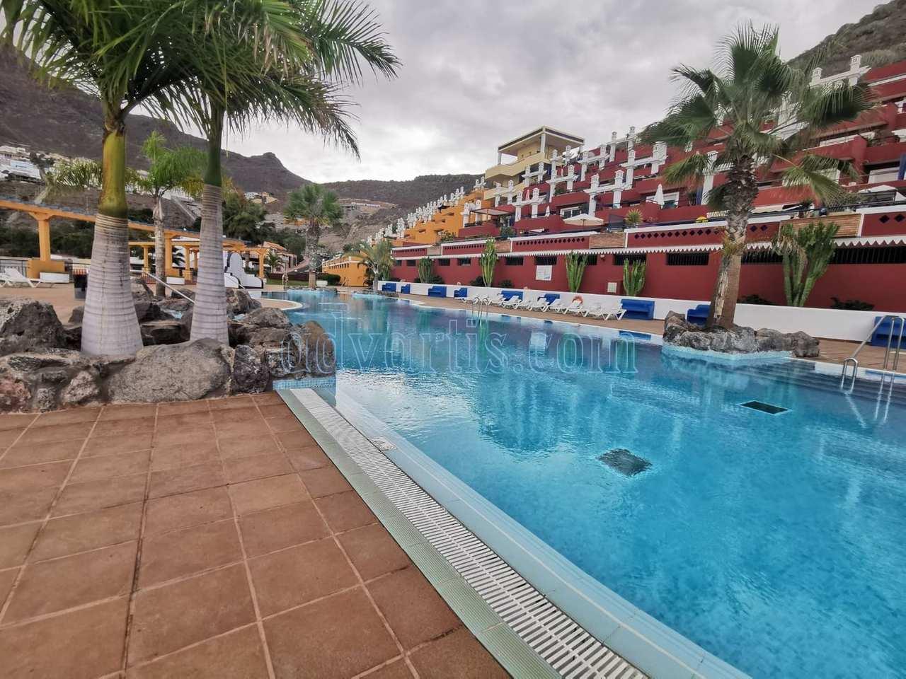 2 bedroom apartment for sale in Torviscas, Costa Adeje, Tenerife €199.900