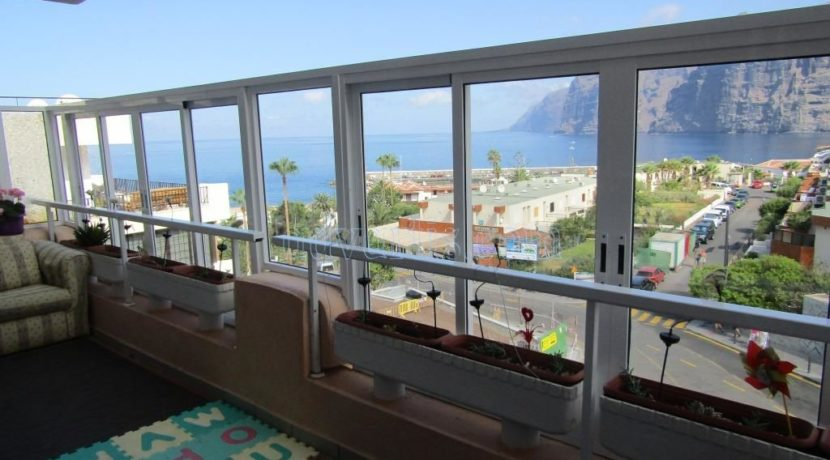 2-bedroom-apartment-for-sale-in-los-gigantes-tenerife-38683-1118-12