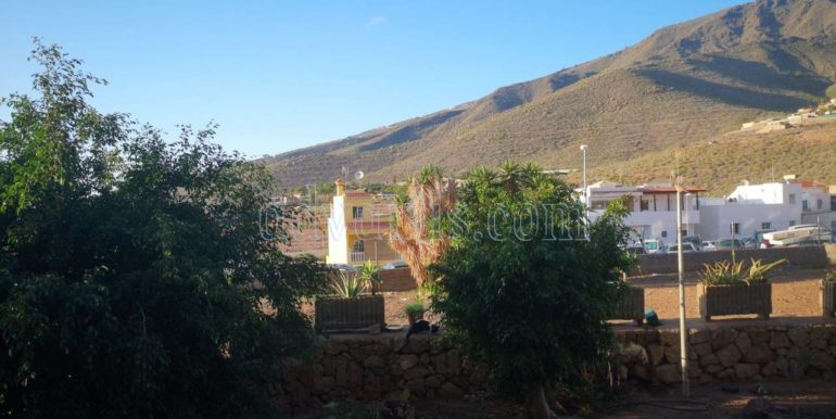 spacious-3-bedroom-apartment-for-sale-in-adeje-tenerife-38670-1114-09