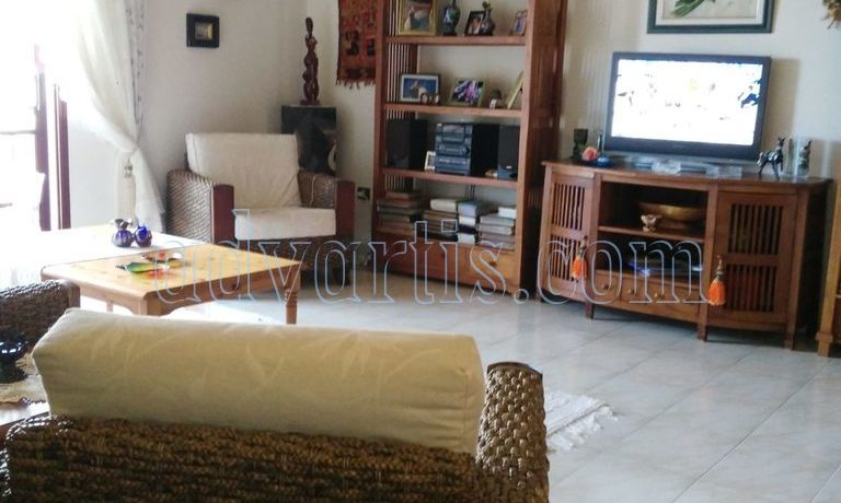 spacious-3-bedroom-apartment-for-sale-in-adeje-tenerife-38670-1114-12