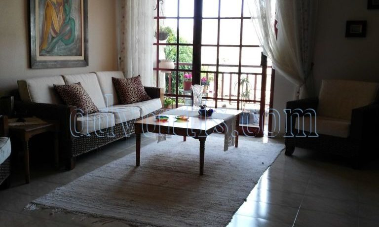 spacious-3-bedroom-apartment-for-sale-in-adeje-tenerife-38670-1114-13