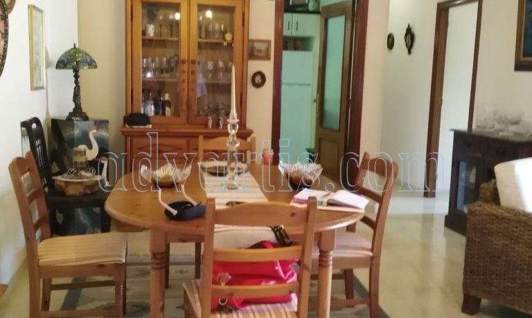 spacious-3-bedroom-apartment-for-sale-in-adeje-tenerife-38670-1114-17