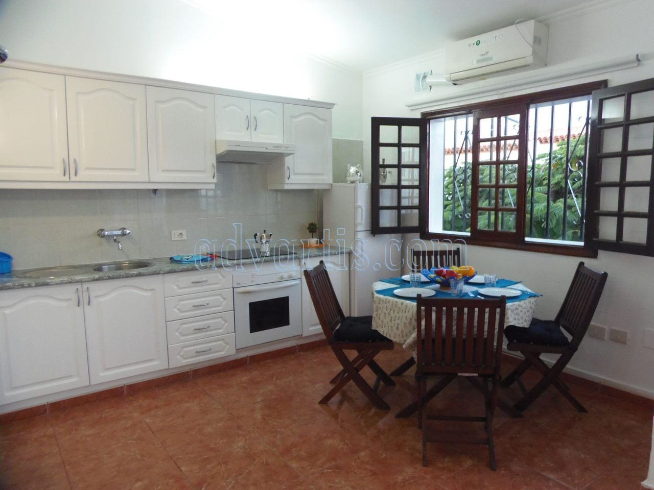 1 bedroom apartment for sale in Costa Del Silencio, Tenerife €128.000