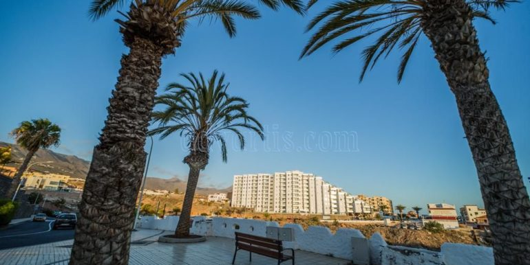 Luxury 2 bedroom apartment for sale in Playa Paraiso Tenerife