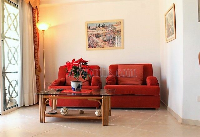 1-bedroom-apartment-for-sale-in-los-cristianos-tenerife-canary-islands-spain-38650-0130-10
