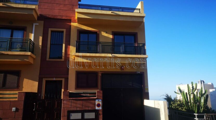 duplex-apartment-for-sale-in-los-menores-adeje-tenerife-38677-0408-22