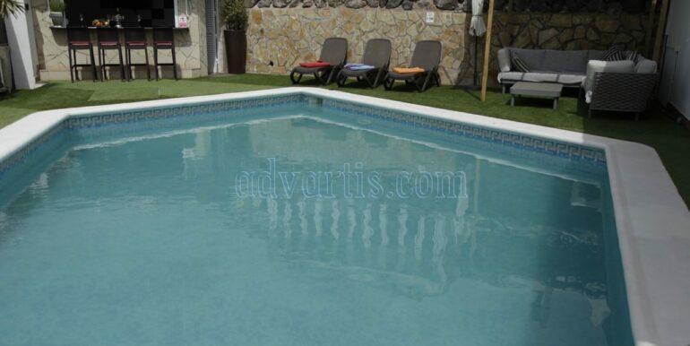 4-bedroom-villa-for-rent-in-callao-salvaje-tenerife-spain-38678-0708-04