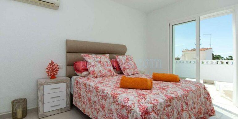 4-bedroom-villa-for-rent-in-callao-salvaje-tenerife-spain-38678-0708-21