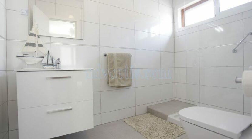 4-bedroom-villa-for-rent-in-callao-salvaje-tenerife-spain-38678-0708-22