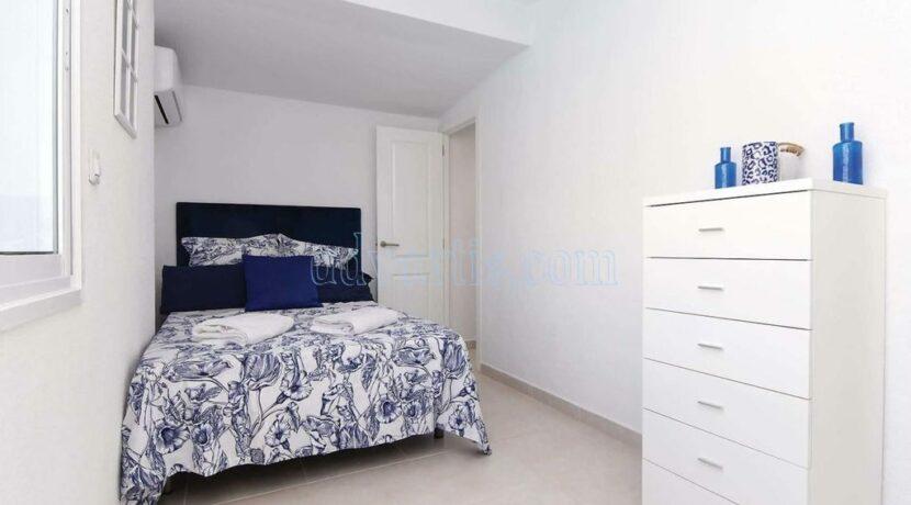 4-bedroom-villa-for-rent-in-callao-salvaje-tenerife-spain-38678-0708-24