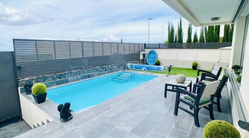 3-bedroom-villa-for-sale-in-tenerife-chayofa-jardines-colgantes-38652-0818-05
