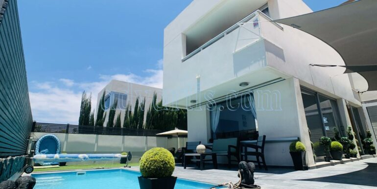 3 bedroom villa for sale in Chayofa, Tenerife