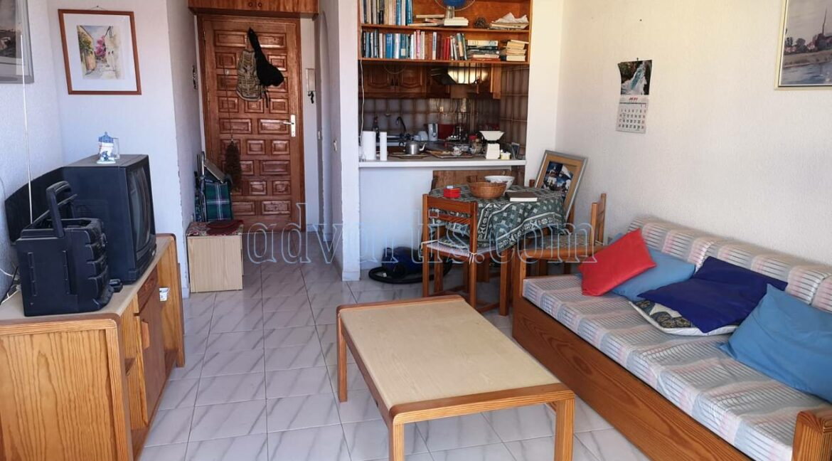 2-bedroom-apartment-for-sale-in-los-cristianos-tenerife-canary-islands-spain-38650-1217-01