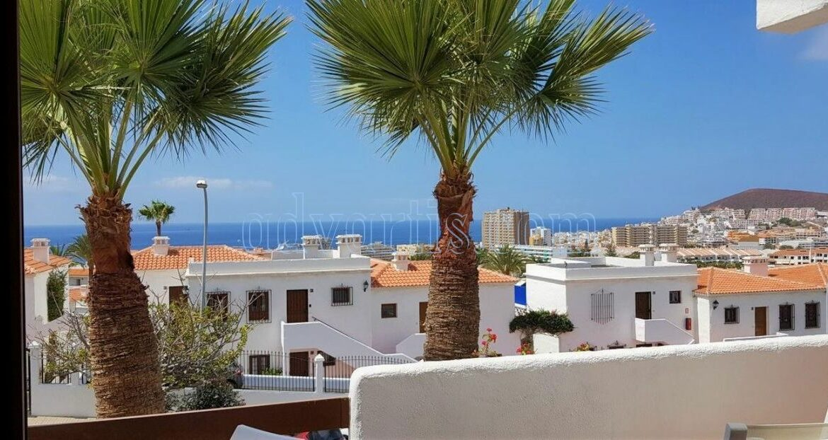 2-bedroom-penthouse-for-sale-in-los-cristianos-tenerife-38650-1212-04