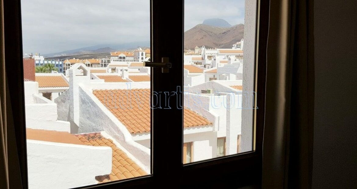 2-bedroom-penthouse-for-sale-in-los-cristianos-tenerife-38650-1212-07