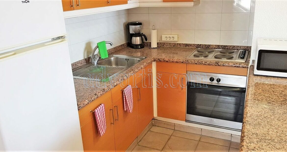 2-bedroom-penthouse-for-sale-in-los-cristianos-tenerife-38650-1212-10