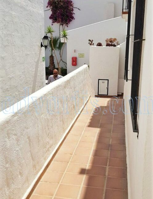 2-bedroom-penthouse-for-sale-in-los-cristianos-tenerife-38650-1212-11