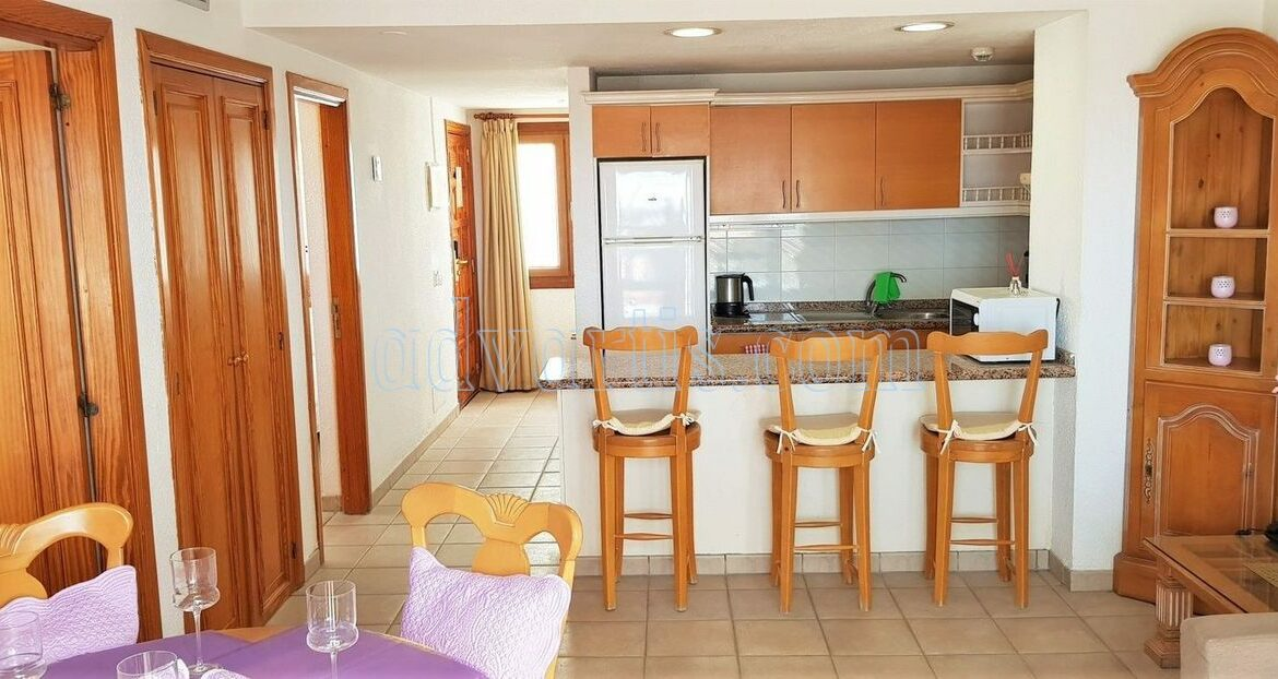 2-bedroom-penthouse-for-sale-in-los-cristianos-tenerife-38650-1212-23