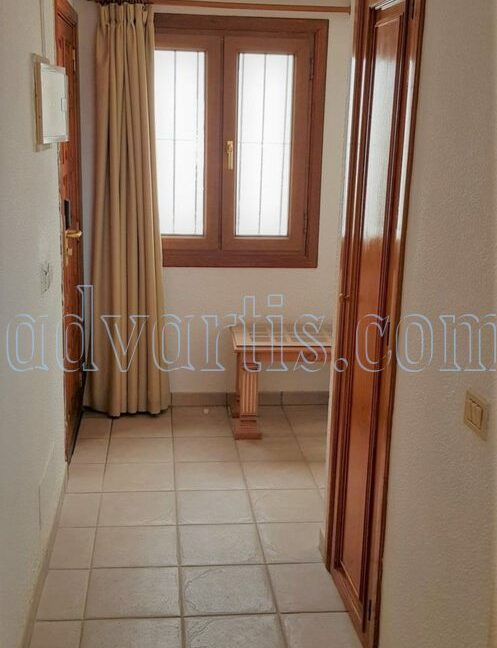 2-bedroom-penthouse-for-sale-in-los-cristianos-tenerife-38650-1212-24