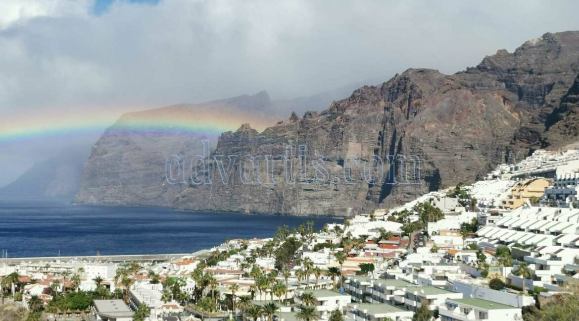 2-bedrooms-apartment-for-sale-in-los-gigantes-tenerife-spain-38683-0122-01