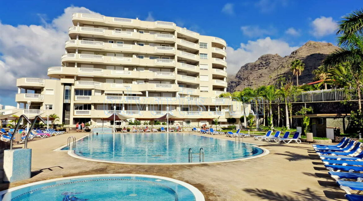 2-bedrooms-apartment-for-sale-in-los-gigantes-tenerife-spain-38683-0122-02