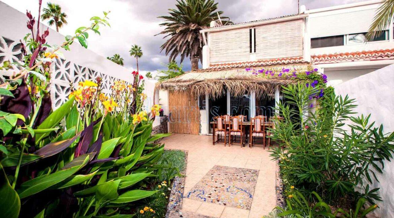 townhouse-for-sale-in-playa-de-las-americas-tenerife-spain-38660-0125-01