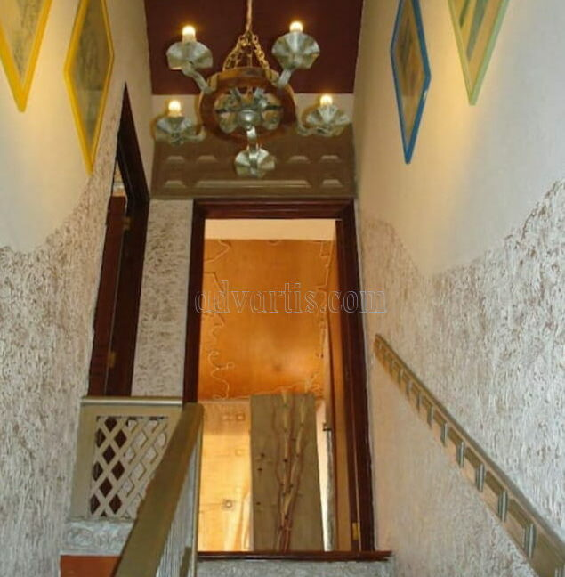 townhouse-for-sale-in-playa-de-las-americas-tenerife-spain-38660-0125-11