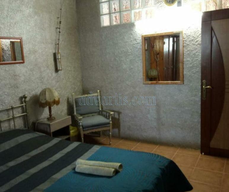 townhouse-for-sale-in-playa-de-las-americas-tenerife-spain-38660-0125-19