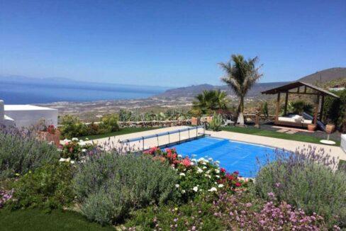 Villa for sale in La Concepcion, Tenerife