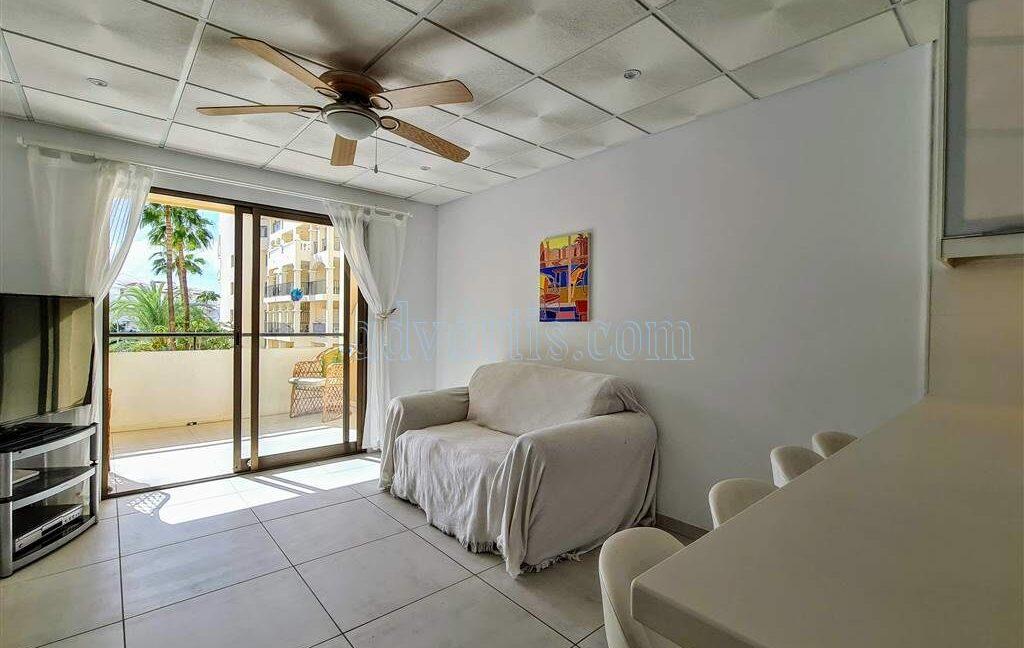 2-bedroom-apartment-for-sale-tenerife-los-cristianos-castle-harbour-complex-38650-0221-01