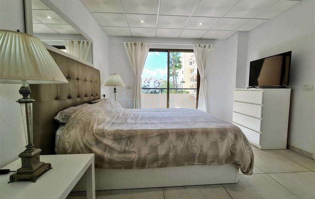 2-bedroom-apartment-for-sale-tenerife-los-cristianos-castle-harbour-complex-38650-0221-04
