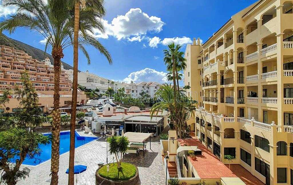 2-bedroom-apartment-for-sale-tenerife-los-cristianos-castle-harbour-complex-38650-0221-15