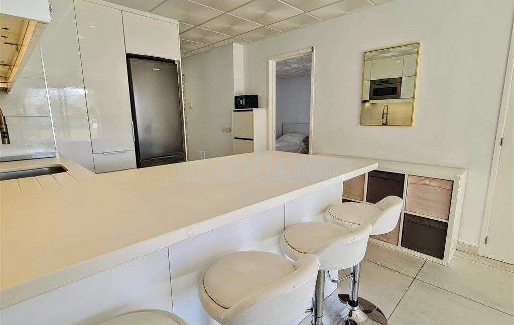 2-bedroom-apartment-for-sale-tenerife-los-cristianos-castle-harbour-complex-38650-0221-17