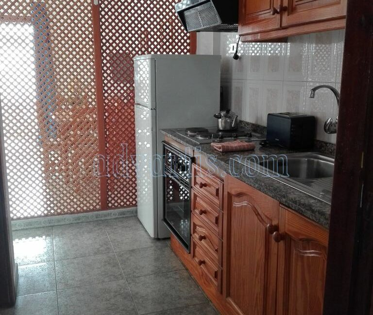 apartment-for-sale-in-las-americas-tenerife-canary-islands-spain-38650-0212-01