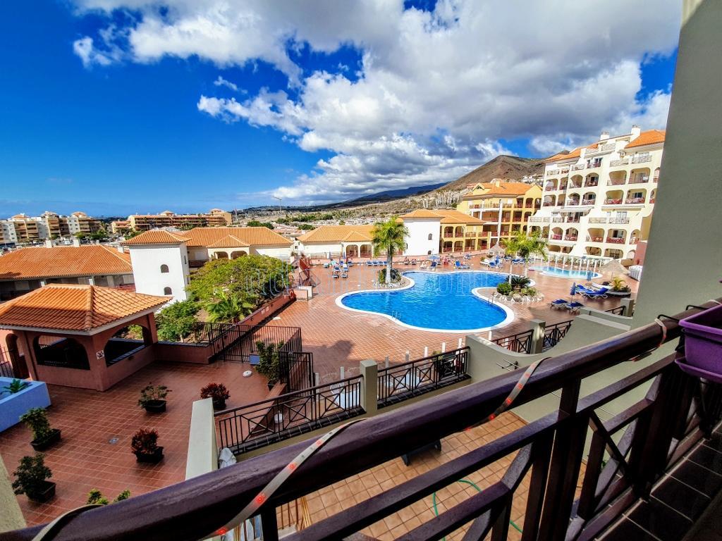 2 bedroom apartment for sale in Dinastia, Los Cristianos €269.950
