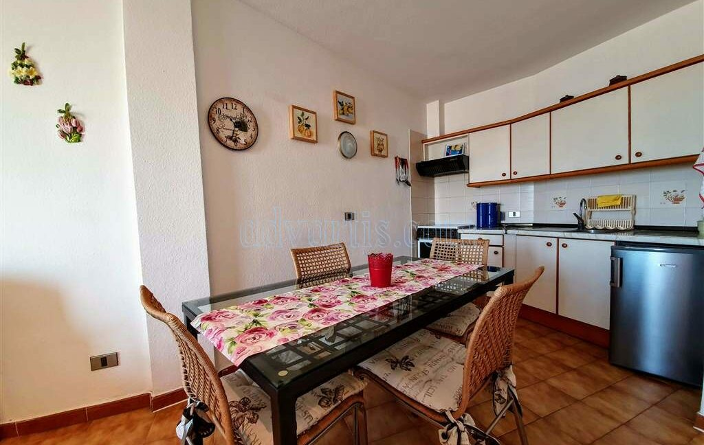 penthouse-apartment-for-sale-in-tenerife-los-cristianos-los-diamantes-38650-0329-01
