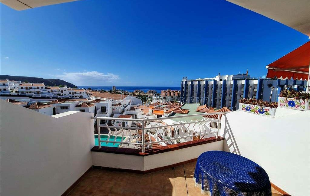 Penthouse apartment for sale in Los Cristianos, Tenerife