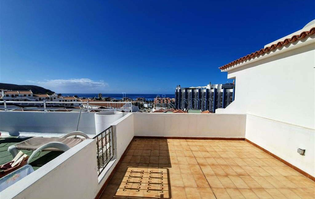 penthouse-apartment-for-sale-in-tenerife-los-cristianos-los-diamantes-38650-0329-18