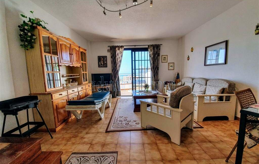 penthouse-apartment-for-sale-in-tenerife-los-cristianos-los-diamantes-38650-0329-19