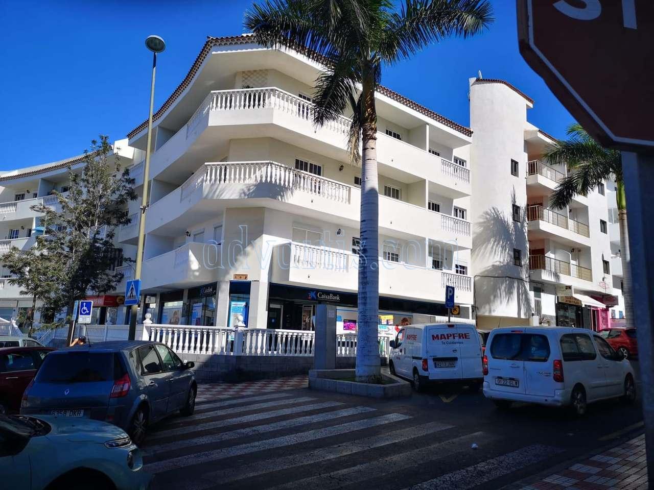 2 bedroom apartment for sale in Adeje, Tenerife €119.900