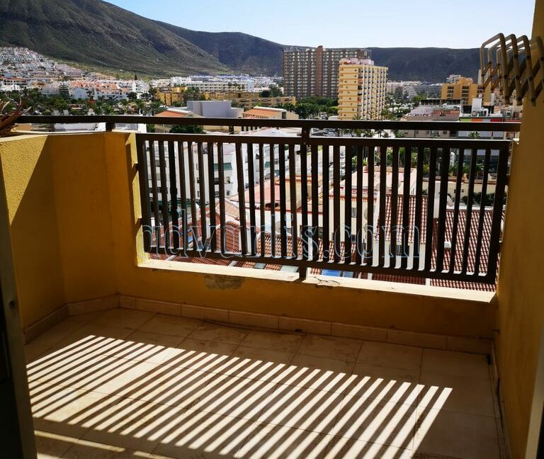 2-bedroom-apartment-for-sale-in-los-cristianos-tenerife-38650-0402-01