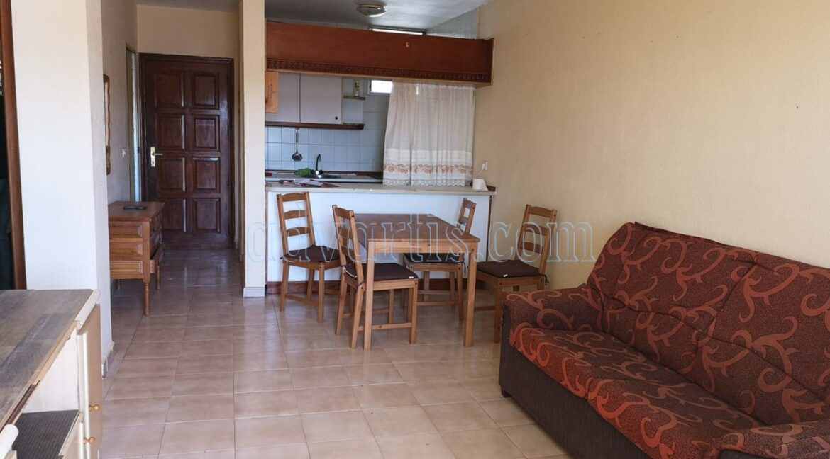 2-bedroom-apartment-for-sale-in-los-cristianos-tenerife-38650-0402-11