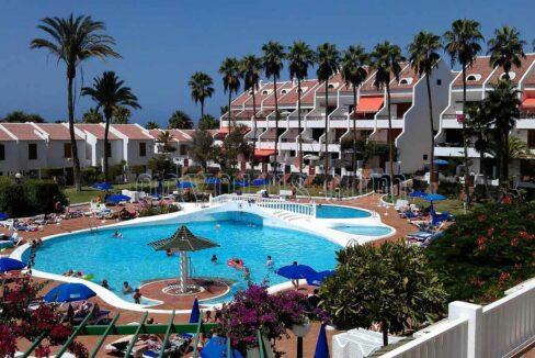 1 bed apartment to rent in Parque Santiago II Tenerife